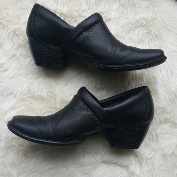 928657e37b6 BORN Black Leather ankle boots wedge shoes size 8